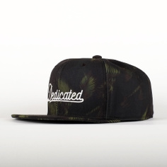 Snapback Dark Leaves