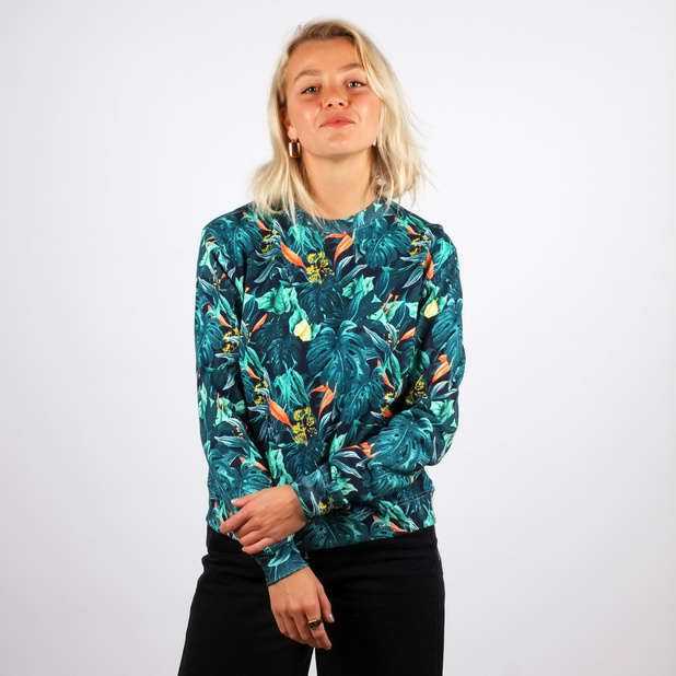 ystad women High quality ystad inspired chiffon tops by independent artists and designers from around the world women's chiffon tops feature your favorite designs across the front panel of a.