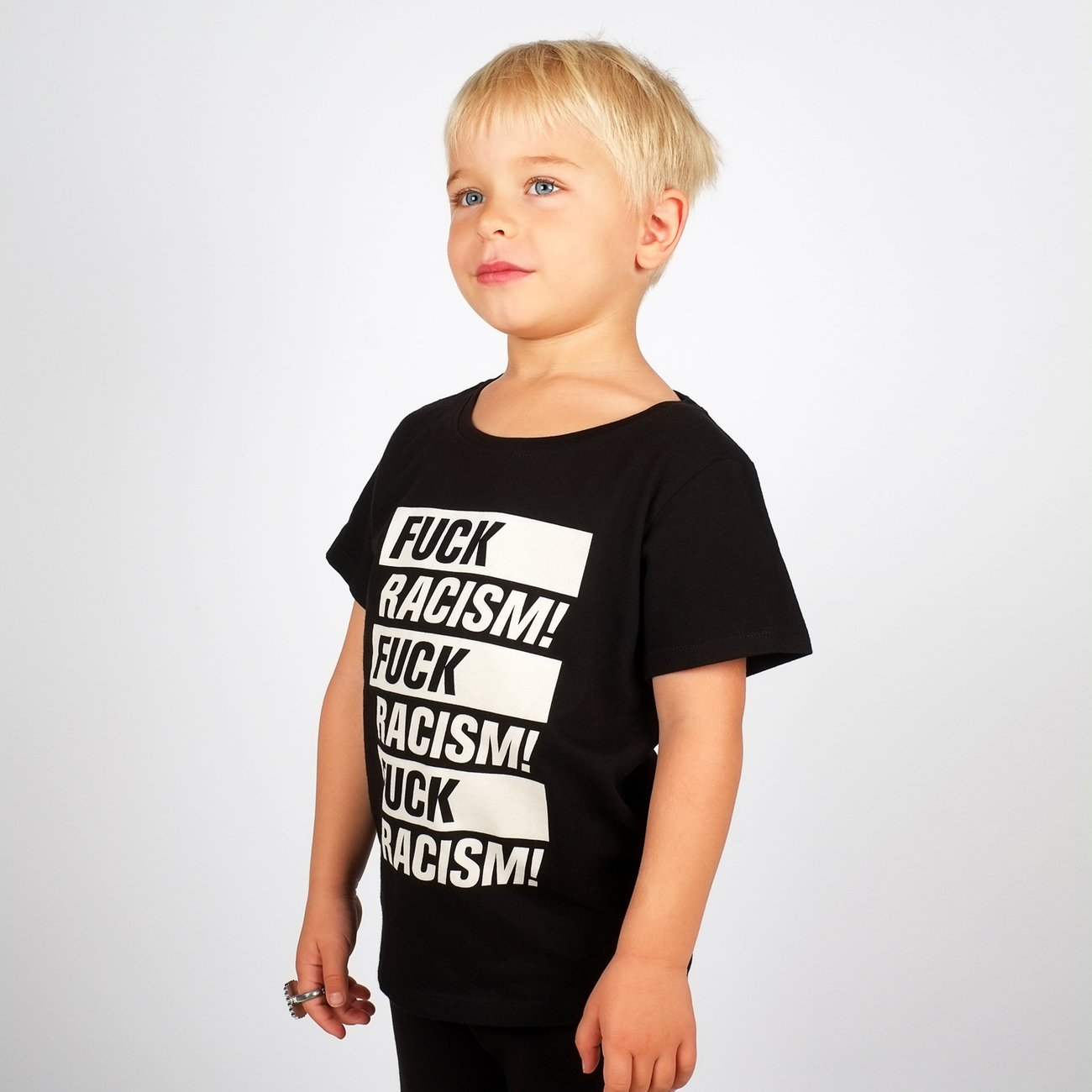 T-shirt Baby Fuck Racism