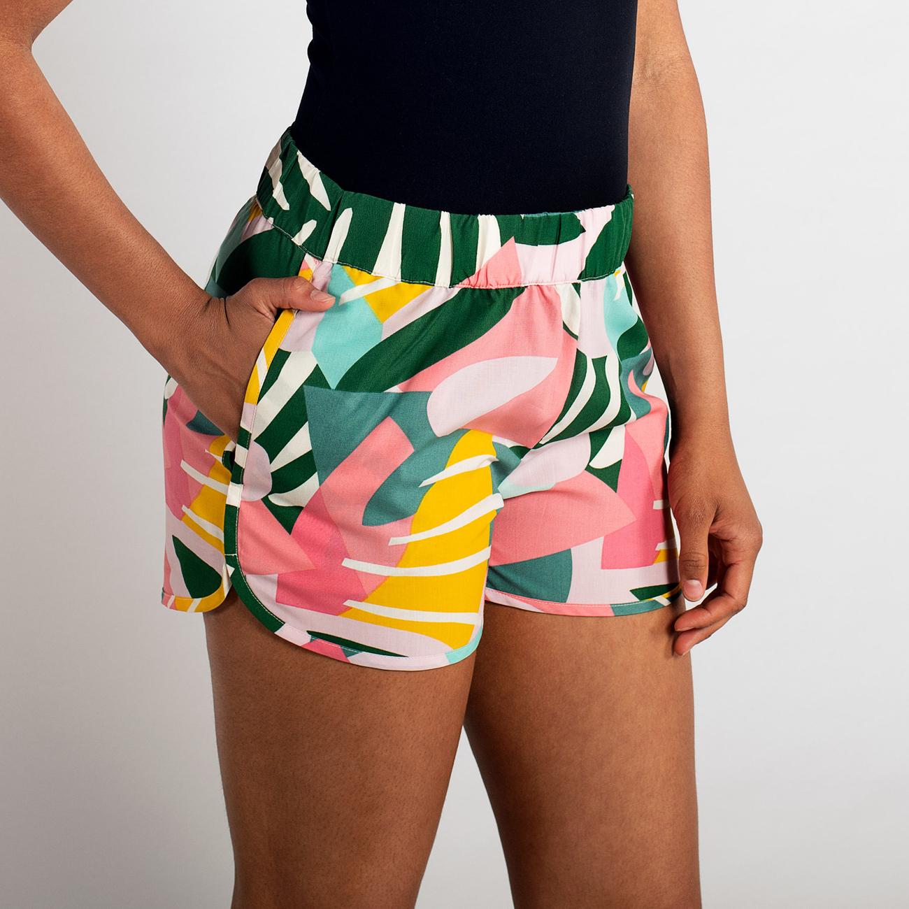 Shorts Sandvika Collage Leaves