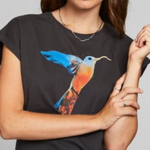 T-shirt Visby Painted Hummingbird Charcoal